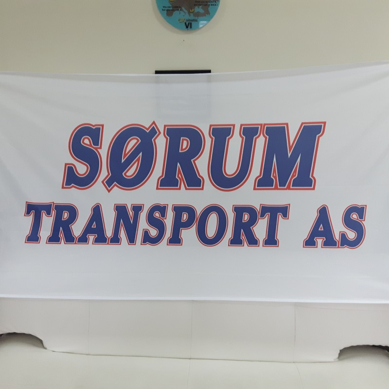 110 gsm polyester textile, SUB inks printed, reinforced tunnel for pole, 2 carabine hooks and 1 D-ring. Size: 100 x 200 cm