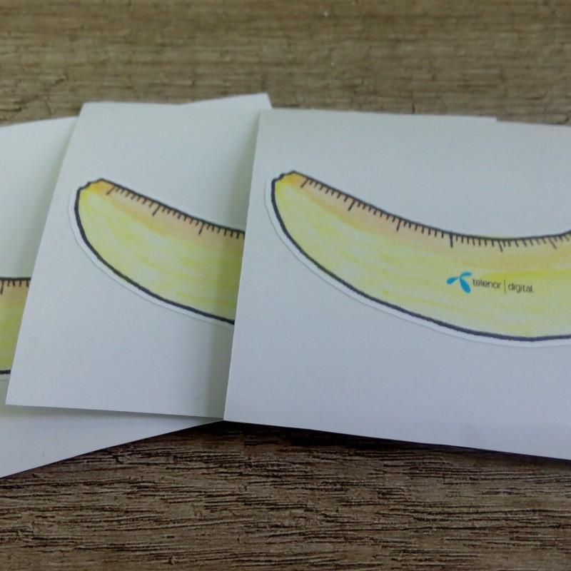 White monomeric PVC foil, 1440 dpi printed, contour cut.