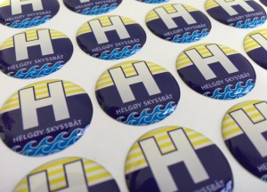white foil + doming gel, printed CMYK or PMS with cut to shape circle Size: 23 mm diameter