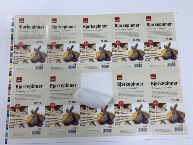Self-adhesive paper, offset print 4 + 0, plotter cutting Size: 165 x 85 mm