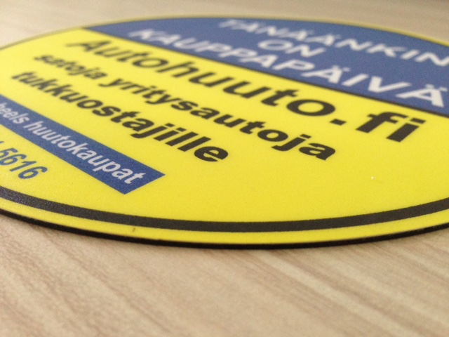 1 mm rubber and 240 gsm offset cardboard pasted together with 250 micron lamination, one-sided print, die-cut to circle diameter 20 cm