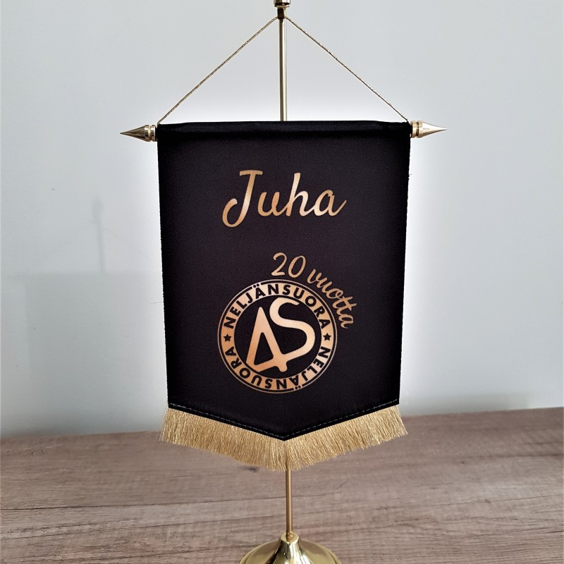 2 x 120 gsm polyester textile, glued together; SUB inks, brass stand + hollow stick. Size: 13.5 x 22 cm