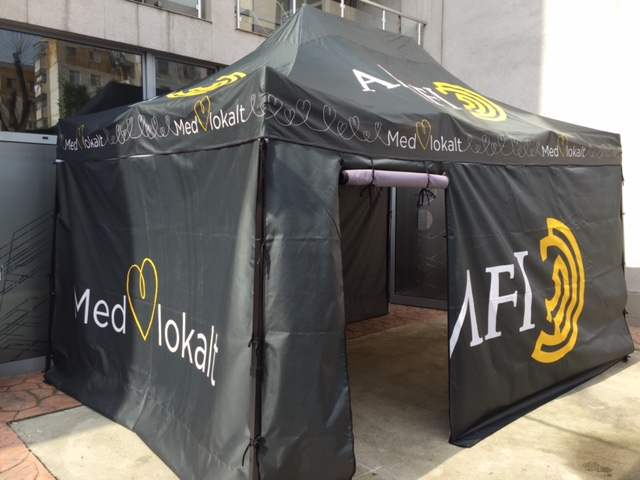 210 gsm polyester tent with steel construction, printed roof and sides Size: 3 x 4.5 m