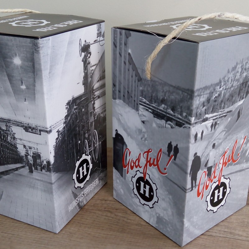 2 mm micro corrugated cardboard, with printed 4 + 0 matt paper, rope handle, internal layer for 4 bottles 330 ml.