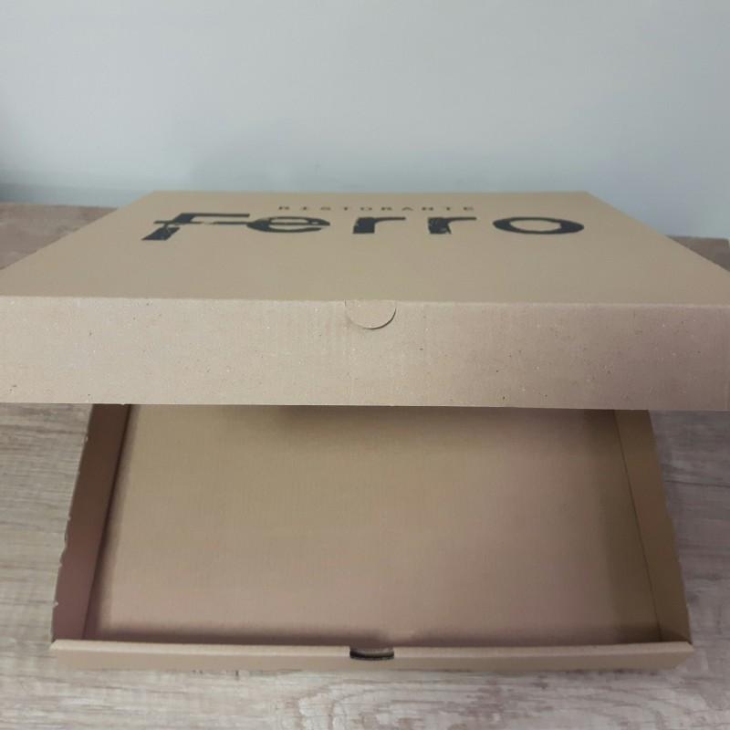 Brown micro corrugated cardboard, print 1 + 0. Size: 30 x 30 x 3.5 cm