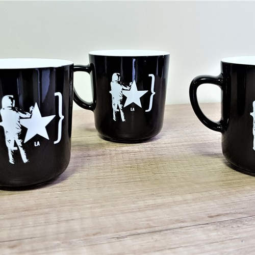 White ceramic mugs with 1 color screen print. Size: 90 x 85 mm, 230 ml