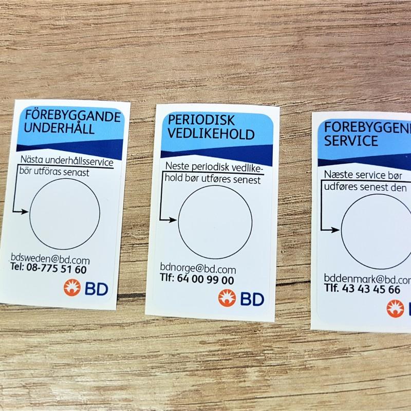 Monomeric PVC foil, 1440 dpi Eco Solvent printed, rounded corners. Size: 34 x 60 mm