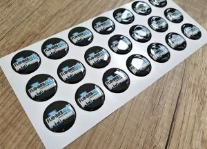 White foil + doming gel, printed CMYK Size: Ø 24 mm