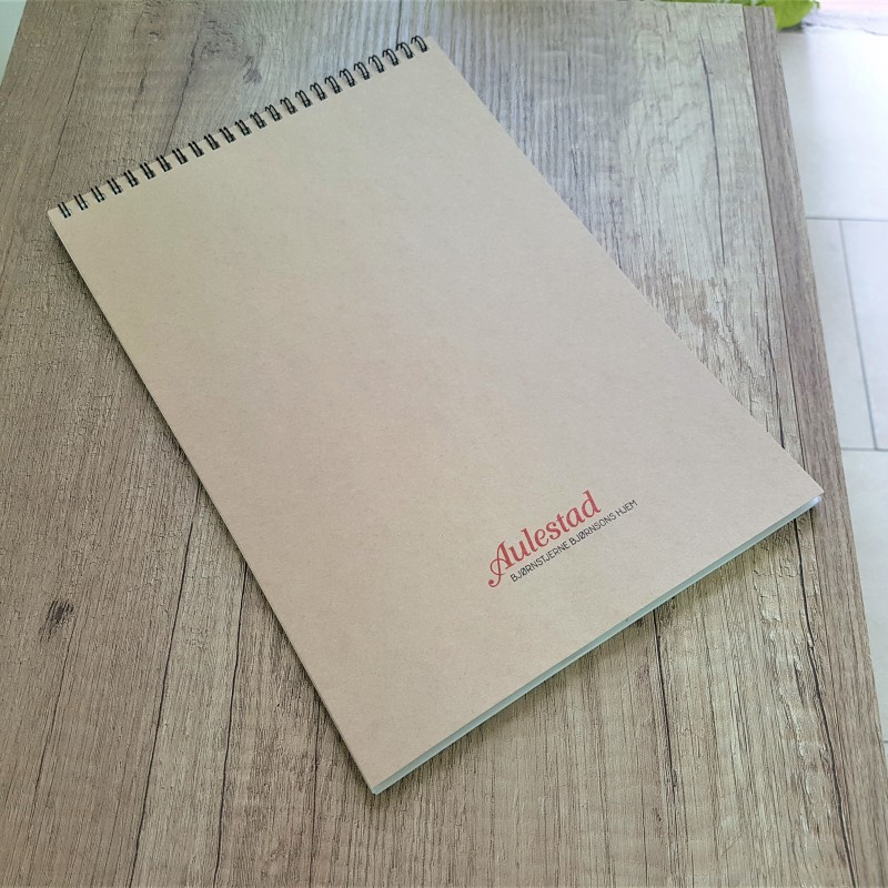 Cover - 300 gsm brown Kraft cardboard, printed in 1 color; 40 sheets body - 70 gsm recycle offset paper; spiral on upper side. Size: A4