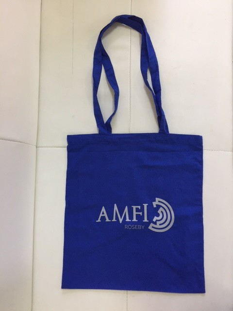 110 gsm blue cotton, silk-screen printed in 1 color on one side, long handles.