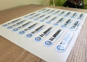 White PVC foil + doming gel, printed CMYK. Size: 80 x 20 mm