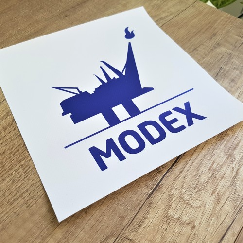 450 gsm PVC scrim banner, 1440 dpi Eco-solvent inks. Size: 200 x 200 mm