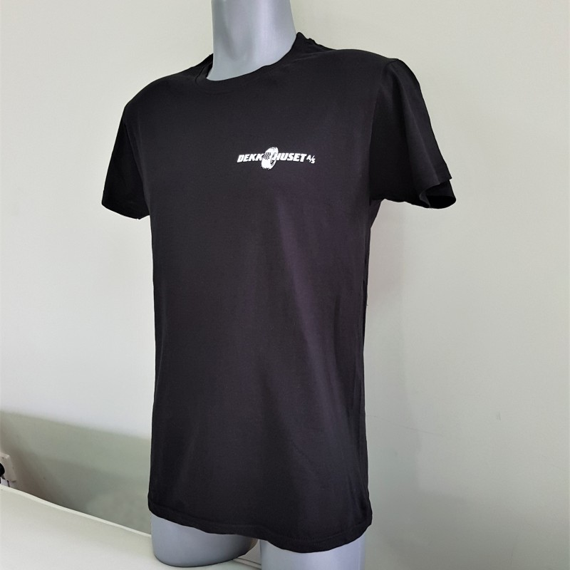 T-shirt - 200 gsm. 100% cotton, silk-screen printed logo on chest