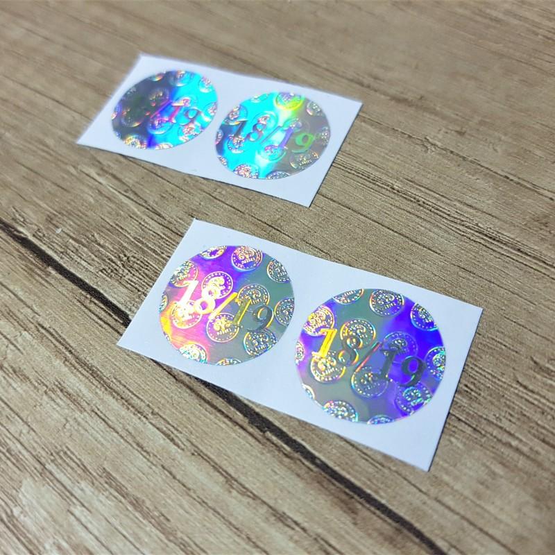 Size: 20 mm diameter, Media: PVC holographic foil