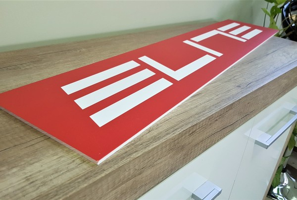 5 mm white foamed PVC, direct UV print. Size: 100 x 20 cm