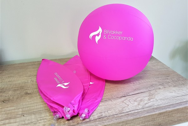 Pink PVC, 1 color printed logo. Size: 260 mm diameter